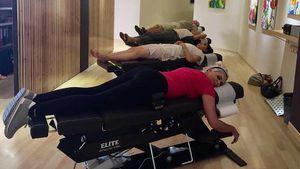 Daniela Katzenberger bei der Physiotherapie