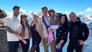 Alle auf einem Foto: Die Katze mit Familie auf Schweiz-Tour