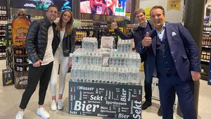 """Dank """"Höhle der Löwen"""": Koffein-Wasser macht heute Millionen"""