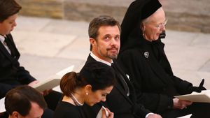 Margrethe weint um Henrik: Diese Royals waren für sie da