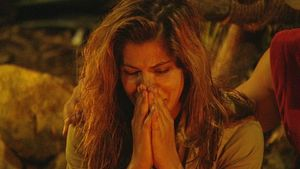 Indira: Schon wieder neue Erklärung für Tränen