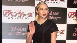 Düstere Diva: Elizabeth Olsen bezirzt mit Hollywood-Glamour