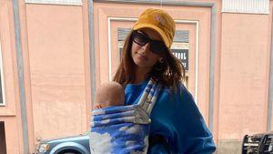 Cap und Brille: Ist Emily Ratajkowski die stylishste Mama?