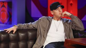 Ufer gewechselt? Eminem gesteht Nutzung von Gay-Dating-App!