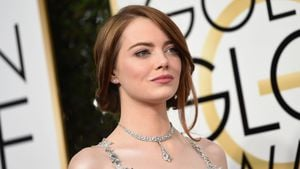 Emma Stone bei den Golden Globes 2017 in Los Angeles