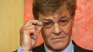 Erneut große Sorge um Ernst August: Liegt er wieder im Koma?