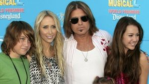 Miley Cyrus, Billy Ray Cyrus und Noah Cyrus