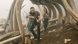 "Tom Hiddleston und Brie Larson in ""Kong: Skull Island"""