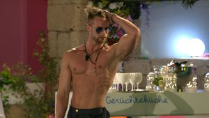 "Datingshow-Loser? Fans lachen über ""Love Island""-Florian!"