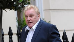 Beerdigung von Freddie Starr: Seine Tochter war auch da!