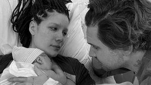 Name verraten: Halsey ist zum ersten Mal Mutter geworden!