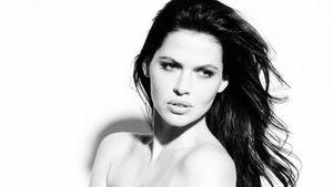 EX-GNTM: Hana Nitsche zieht für Peta blank