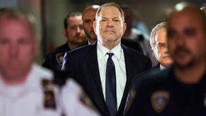 Kurz vor Oscars: Goldene Weinstein-Statue als Protestzeichen