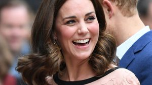 Palast-Insider behauptet: Herzogin Kate bekommt Zwillinge!