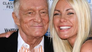 Sex? Hugh Hefner & Crystal Harris spielen UNO