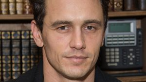 "James Franco bei der Buchsignierung seines Kunstprojekts ""Magic Mountain/Home Movies"" in New York"