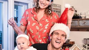 Familienfoto mit Emil-Ocean: Janni & Peer im Xmas-Rausch!
