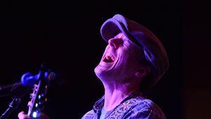 Rührende Bilder: Hier singt Jason Mraz für kranke Kinder