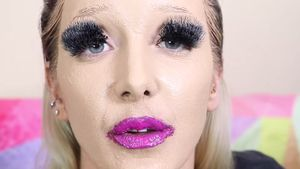 Jenna Marbles nach ihrem Beauty-Experiment