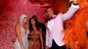 J.Lo & Kim K. ignorieren Selfie-Verbot auf der Met Gala 2019