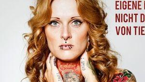 Jennifer Rostock: Nackt und tätowiert für PETA!