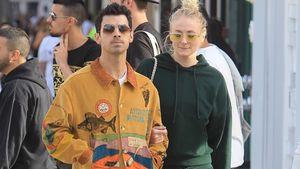 Top oder Flop? Joe Jonas in cooler Comic-Jacke unterwegs