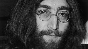 Irre Auktion: John Lennons Haarlocke für 35.000 $ verkauft!