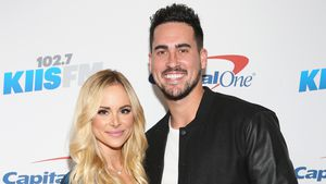 Josh Murray und Amanda Stanton beim 102.7 KIIS FM's Jingle Ball