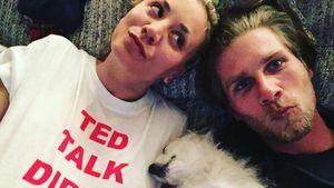 Kaley Cuoco und Karl Cook mit Hund Ruby