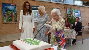 Den Kuchen mit Säbel angeschnitten: Queen-Video geht viral