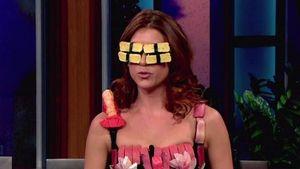 Nach GaGas Fleisch-Outfit: Walsh im Sushi-Kleid!