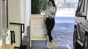 In Latschen: So lässig geht Kendall Jenner zu einem Termin!