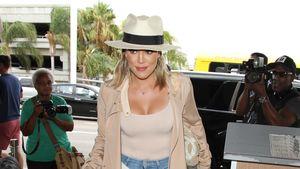 Khloe Kardashian am Flughafen in Los Angeles