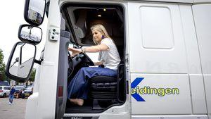 Ganz unroyal: Königin Máxima verwandelt sich in Truckerbraut
