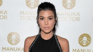 Kourtney Kardashian auf einer Cocktail Party