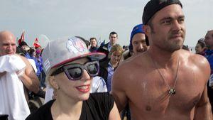 Lady GaGa & Taylor Kinney planschen für den guten Zweck