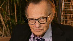 TV-Legende Larry King (87) mit Corona in Klinik eingeliefert