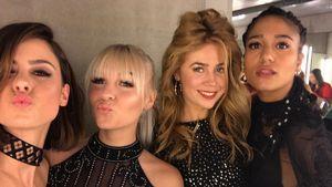 Lena, Dagi Bee, Palina Rojinski und Lary Poppins beim Toiletten-Sefie