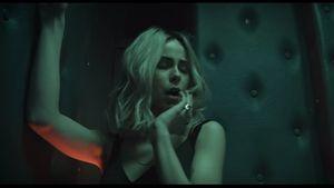 Lena Meyer-Landrut als Blondine in ihrem neuen Musikvideo