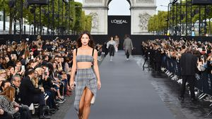 Als cooles Catwalk-Model: Lena Meyer-Landrut rockt Paris