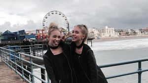 Lisa und Lena am Santa Monica Pier in Los Angeles