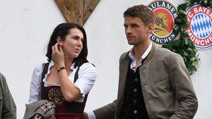 Fesch! WM-Held Thomas Müller überrascht im Dirndl