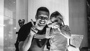 Nicht zensiert: Lukas Podolski teilt Bild mit seiner Tochter