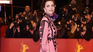 Berlinale 2017: Maggie Gyllenhaal versprüht Hollywood-Glam
