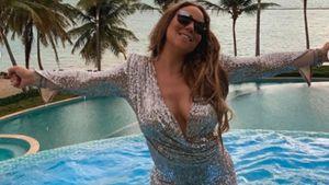 Null Bock auf Bikini? Mariah Carey planscht im Glitzerkleid!