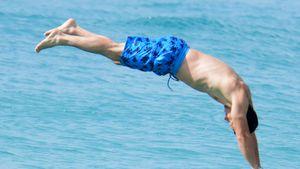 Hallo Mr. Sexy! Mark Wahlberg springt superhot ins neue Jahr
