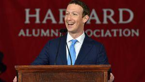 Trotz Uni-Abbruch: Mark Zuckerberg erhält Harvard-Doktor!