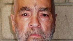 Kult um Massenmörder: Charles Mansons Zähne im Gruselmuseum
