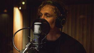 Matthias Schweighöfer bei der Songaufnahme