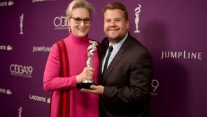 Meryl Streep und James Corden bei den Costume Designers Guild Awards 2017